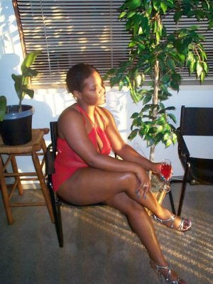 Chadene black escort Offenbach am Main, HE